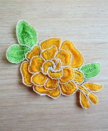 Pretty Ponytails Embroidered Hair Flowers Rose Hair Clips Gift Set - Yellow & White