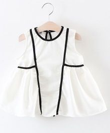 2 Footya Pipin Dress - White