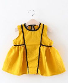 2 Footya Pipin Dress - Yellow