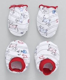 Babyhug Mittens & Booties Set Dive Print - Red White