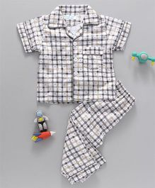 Star Of Capital Checks Half Sleeve Night Suit - Grey