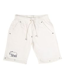 Parrot Crow Animal Printed Shorts - White
