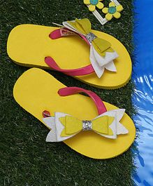 D'chica Three layered Bow Flip Flops - Yellow