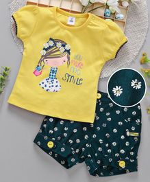 ToffyHouse Puff Sleeves Top And Corduroy Shorts Girl Print - Yellow Green