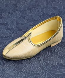 Ethniks Neu Ron Traditional Mojari Shoes - Cream Golden