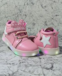 Kidlingss Casual Shoes With LED Lights - Pink