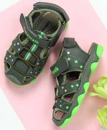 Cute Walk by Babyhug Close Toe Floaters - Green