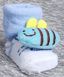 Cute Walk by Babyhug Ankle Length Sock Shoes Snail Motif (Color May Vary)