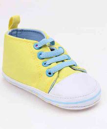 Cute Walk by Babyhug Canvas Booties - Yellow White