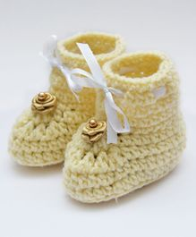 Love Crochet Art Flower Applique Booties - Crème