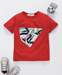 Star Point Half Sleeves Tee With Printed Patch - Red