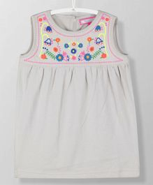 Cherry Crumble California Flower Embroidered Sleeveless Dress - White