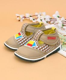Cute Walk Casual Shoes Rocket Patch - Beige