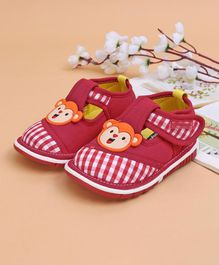Cute Walk by Babyhug Casual Shoes Monkey Patch - Red