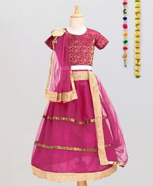 Aglare Choli Lehenga & Dupatta Set With Brooch - Pink