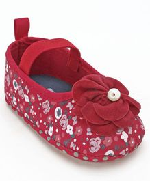 Cute Walk By Babyhug Booties Floral Print - Red