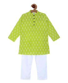 Campana Kurta Pyjama Set - Green & White