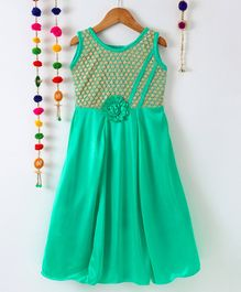 Aarika Embroidered Sleevesless Gown With Flower Applique - Green