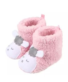 Wow Kiddos Ankle Length Cat Applique Booties - Pink