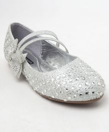 Cute Walk by Babyhug Studded Bellies - Silver
