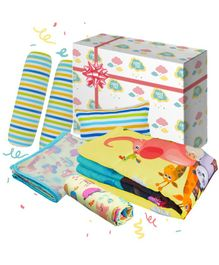 Fancy Fluff Noah's Ark Baby Combo Gift Box Set of 8 - Multicolour