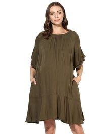 Wobbly Walk Solid Three Fourth Sleeves Maternity Dress - Green