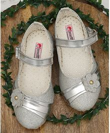 D'Chica Mary Janes With Flower Applique - Silver