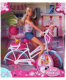 Steffi Love  - Bike Tour