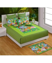 Swayam Green Animal Print Double Bed Sheet And 2 Pillow Cover Set - Digital Print