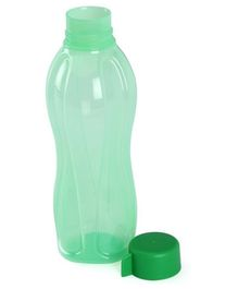 Tupperware 500 ml Bottle Green - 1 Piece