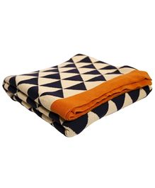 Pluchi Cotton Knitted Throw Blanket Triangulos