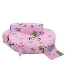 Babyhug Feeding Pillow Small Print - Pink