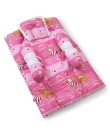 Babyhug Gadda Set Pink - Animal Print