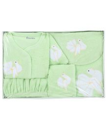 Child World Baby Gift Set - Green