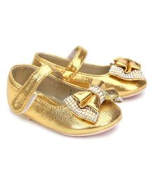 Kittens Party Belly Shoes Studded Bow Applique - Golden