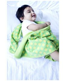 Mos-Quit-O Mosquito Repellant Blanket Dot Print