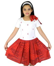 Ssmitn Half Sleeves Cotton Print Dress Embroidery - Red
