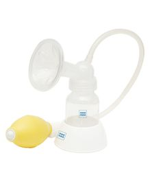 Mee Mee Manual Breast Pump With Feeding Bottle Set