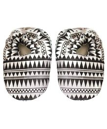 Bootie Patootie AZTEC Booties - White And Black