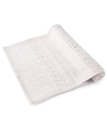 Pebbles Cable Crochet Knitted Blanket - White