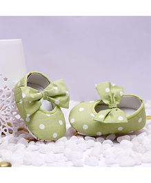 D'chica Shoes Polka Dot Shoes - Green and White