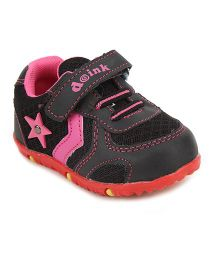 Doink Sport Shoes Star Applique - Black And Pink