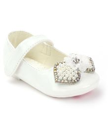 Kittens Bow Belly Shoes Velcro Closure - White