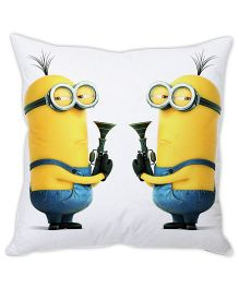 Stybuzz Minion Cushion Cover Yellow And White - FCCS00035