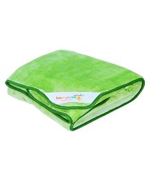 Berrytree Solid Colour Baby Blanket - Green