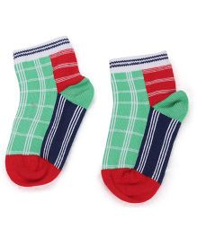Mustang Ankle Length Check Design Socks - Green
