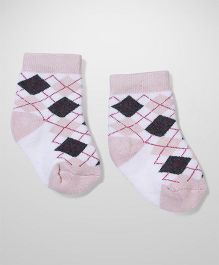 Cute Walk by Babyhug Ankle Length Socks - White Light Pink