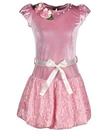 Cutecumber Flared Dress With Belt Floral Applique - Pink