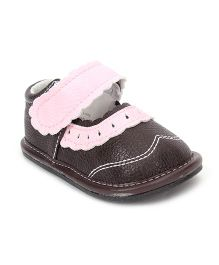 Jack & Lily Shoes Cutout Accent - Brown And Pink