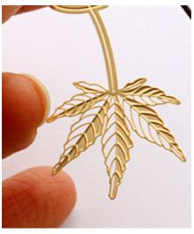 EZ Life Maple Leaf Bookmark - Gold